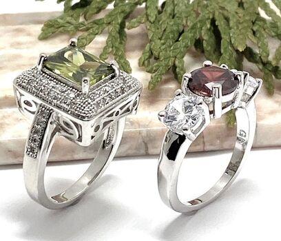 Lot of 3.00ctw Garnet & Cubic Zirconia Ring size 6 3/4 & 1.60ctw Peridot & White Sapphire Ring Size 7