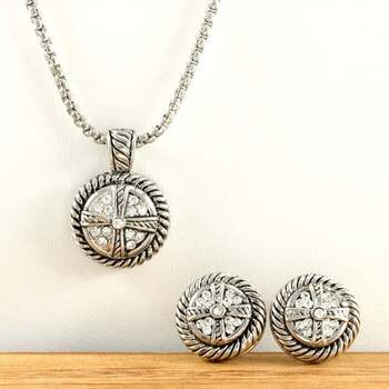 NO RESERVE 0.55ctw White Sapphire Necklace and Earrings Set