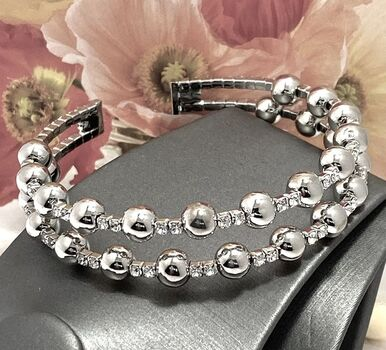 NO RESERVE 5.50ctw Beautifully Created White Sapphire Bracelet