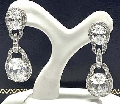NO RESERVE .925 Sterling Silver, 13.50ct White Diamonique Earrings