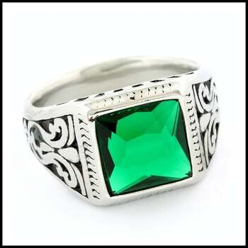 NO RESERVE Stainless Steel, 4.0ctw Emerald Ring Size 12