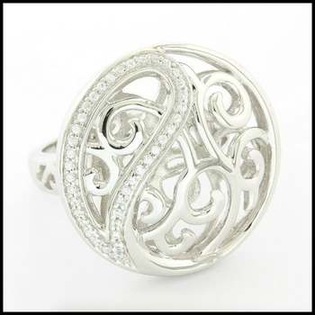 Solid .925 Sterling Silver, 0.25ctw (AAA Grade) CZ's Ring sz 7