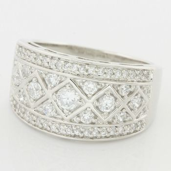 Solid .925 Sterling Silver, 0.75ctw (AAA Grade) CZ's Antique Design Ring size 7