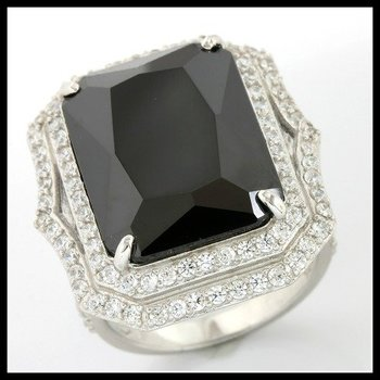Solid .925 Sterling Silver, 1.10ctw White Topaz & Black Onyx Ring Size 8