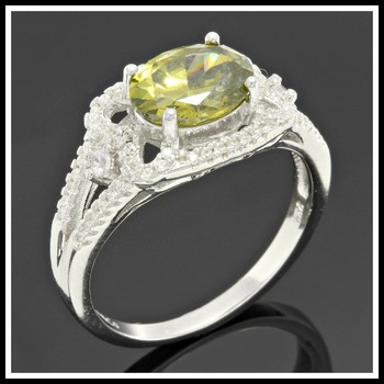 Solid .925 Sterling Silver, 1.50ctw White Sapphire & Peridot Ring sz 7