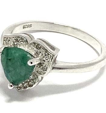 Solid .925 Sterling Silver, 1.67ctw Emerald & White Topaz Ring Size 8