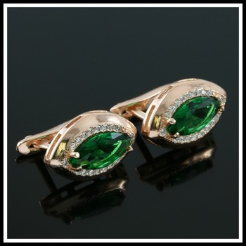 Solid .925 Sterling Silver, 3.00ctw White Sapphire & Emerald Earrings