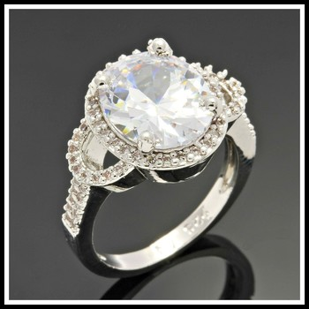 Solid .925 Sterling Silver, 3.65ctw White Sapphire Ring sz 8