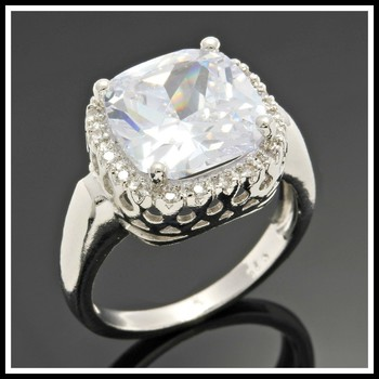 Solid .925 Sterling Silver, 4.25ctw White Sapphire Ring size 7