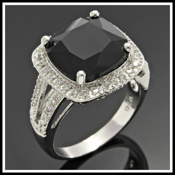 Solid .925 Sterling Silver, 7.30ctw Black & White Sapphire Ring Size 7