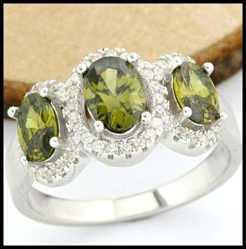 Solid .925 Sterling Silver AAA Grade Green & White CZ Ring Size 7