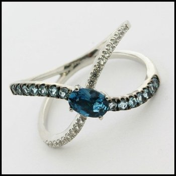 Solid .925 Sterling Silver, Genuine London Blue Topaz & White Sapphire Ring sz 7.5