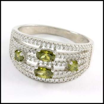 Solid .925 Sterling Silver & White Gold Plated, 2.0ctw Peridot & White Sapphire Ring Size 8