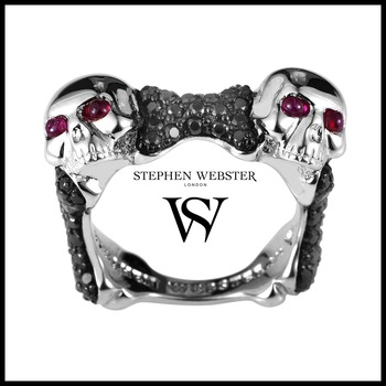 Stephen Webster Skull and Bones Sterling Silver Black Sapphire & Ruby Ring Size 9