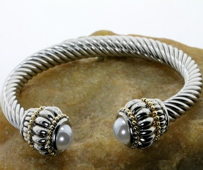 Two-Tone with 7mm White Pearls Bangle Cable Bracelet