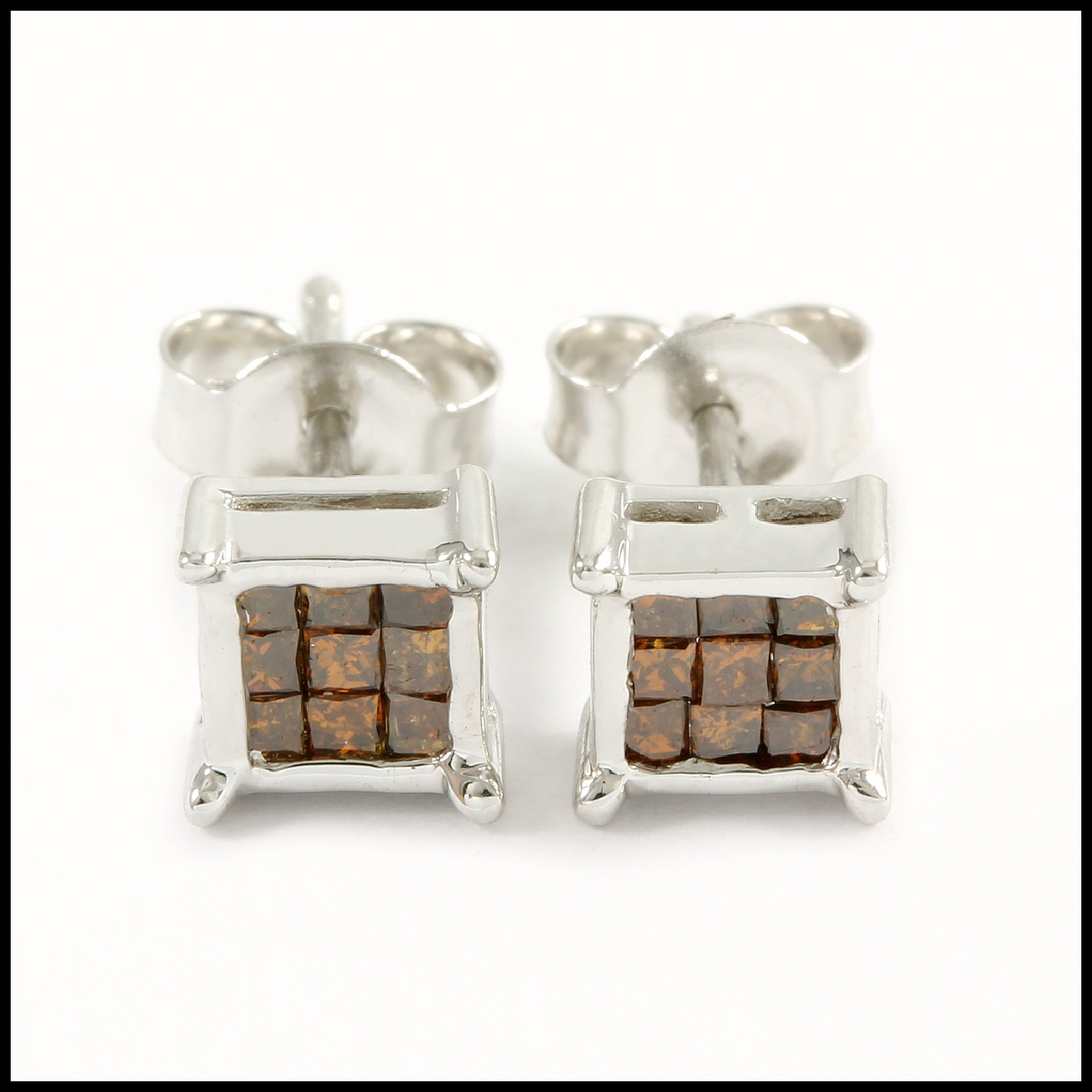 10k White Gold Genuine 0 25ctw Brown Diamond Stud Earrings Property Room