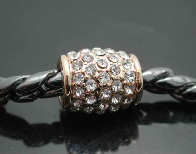 how to open swarovski magnetic bracelet