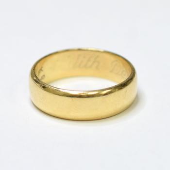14K Yellow Gold 7.10 Grams Comfort Fit Wedding Band