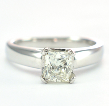 Platinum 6.10 Grams Prong Set Radiant Cut Diamond Lady's Ring