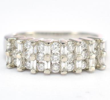 14K White Gold 3.70 Grams 0.91 Carat t.w. Diamond Three Stone Ring