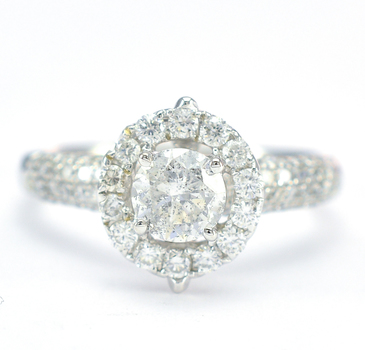 18K White Gold 4.10 Grams 1.53 Carats t.w. Diamond Halo Style Lady's Ring