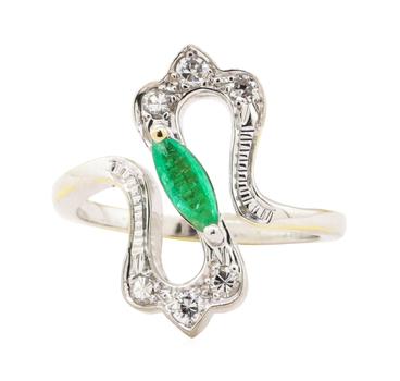 18K Two Tone Gold 5.32 Grams Diamond Ring w/ Emerald Center Stone