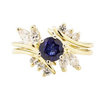 14K Yellow Gold 5.10 Grams Diamond Ring w/ Sapphire Center Stone