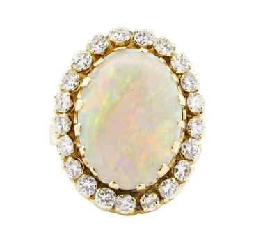 14K Yellow Gold 11.40 Grams Diamond Basket Halo Style Ring w/ Opal Center Stone