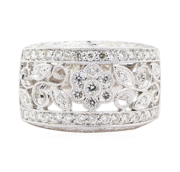 18K White Gold 8.09 Grams Diamond Ring