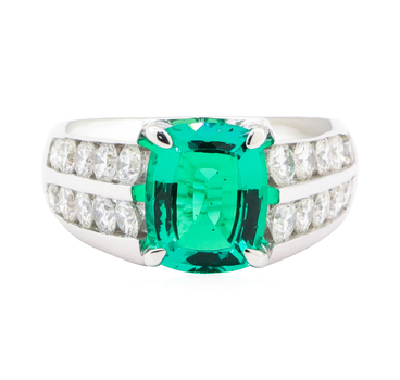 18K White Gold 13.40 Grams Enhanced Emerald and Diamond Ring