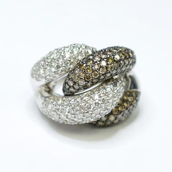 14K White Gold 18.40 Grams 4.98 Carats t.w. Diamond Ring