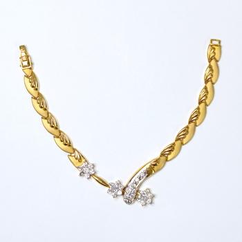 18K Yellow Gold 19.50 Grams CZ Lady's Bracelet