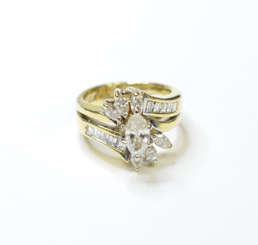 14K Yellow Gold 6.50 Grams 1.50 Carats t.w. Marquise and Baguette Cut Diamonds Ring