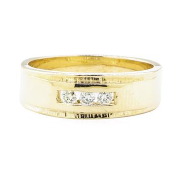 14K Yellow Gold 6.64 Grams Diamond Ring