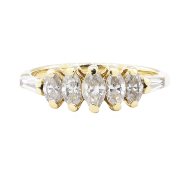 14K Yellow Gold 2.70 Grams Diamond Ring
