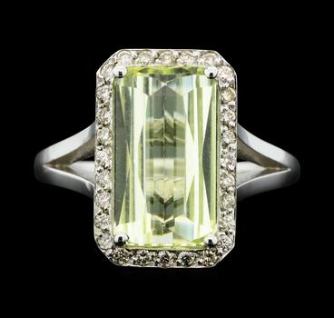 14K White Gold 4.60 Grams Halo Style Diamond Ring With Green Beryl Center Stone