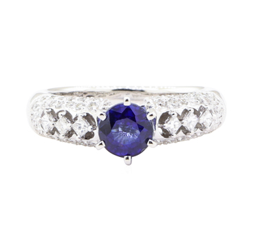 18K White Gold 5.80 Grams Diamond Ring w/ Sapphire Center Stone