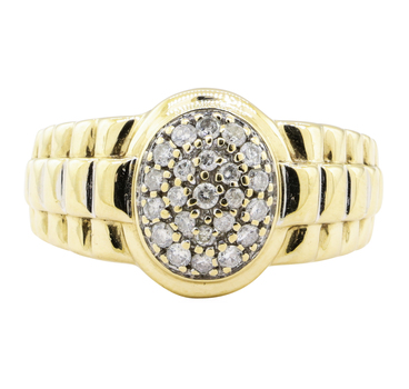 10K Yellow Gold 6.30 Grams Oval Cluster Style Diamond Ring