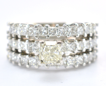Platinum 12.40 Grams 2.77 Carats t.w. Diamond Three Row Design Lady's Ring