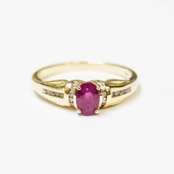 14K Yellow Gold 2.45 Grams Ruby and Diamond Ring