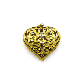 14K Yellow Gold 7.25 Grams Diamond Cut Design Heart Pendant