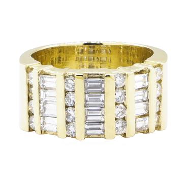 14K Yellow Gold 13.10 Grams Diamond Fashion Ring