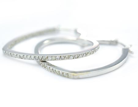 14K White Gold 6.26 Grams 1.50 Carats t.w. Diamond Heart Shape Hoop Earrings