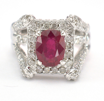 14K White Gold 13.30 Grams 1.34 Carats t.w. Diamond Tower Design Split Shank Ring With 2.31 Carats Ruby Center