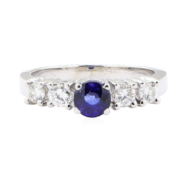 14K White Gold 4.60 Grams Diamond Ring w/ Sapphire Center Stone