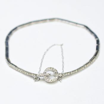 18K White Gold 8.00 Grams 1.00 Carat t.w. Round Diamond Bracelet With Safety Chain Lock