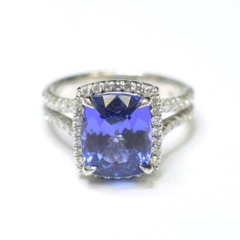 14K White Gold 5.90 Grams Halo Style Split Shank Diamond Ring With Tanzanite Center Stone