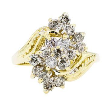 14K Yellow Gold 3.85 Grams 1.00 Carat t.w. Diamond Flower Cluster Style Ring