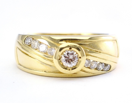 14K Yellow Gold 5.55 Grams Bezel and Channel Set  Round Diamond Ring