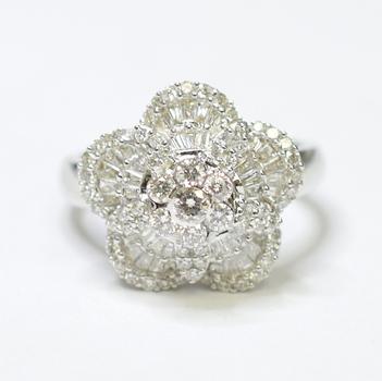18K White Gold 7.00 Grams Baguette and Round Diamond Flower Design Ring